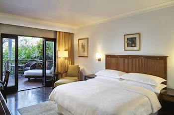 Superior Room, 1 King Bed, Terrace