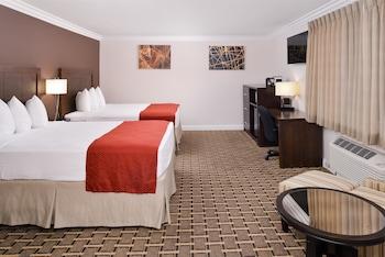 Standard Room, 2 Queen Beds, Refrigerator & Microwave, Corner