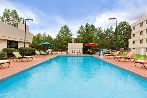 . Country Inn & Suites by Radisson, Atlanta Airport South, GA