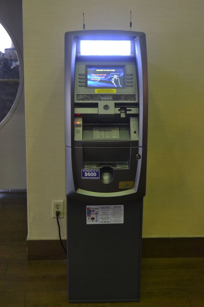 선 앤 샌드 리조트(Sun N Sand Resort) Hotel Image 49 - ATM/Banking On site