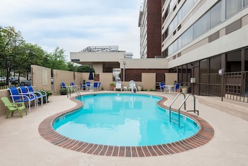 Pool at Comfort Inn - Springfield in Springfield