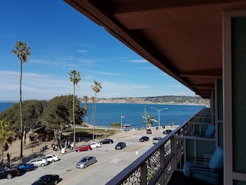 La Jolla Cove Suites La Jolla Ca Reservations Com