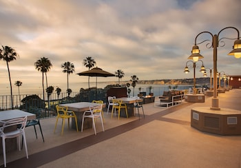 Hotel - La Jolla Cove Suites
