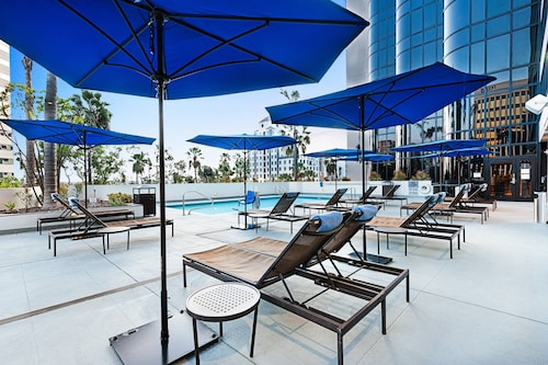 . Renaissance Long Beach Hotel