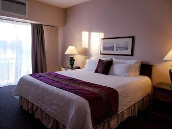 Hotel - Totem Lake Hotel
