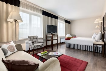Junior Süit (extra Bed 2 Adults + 1 Child)