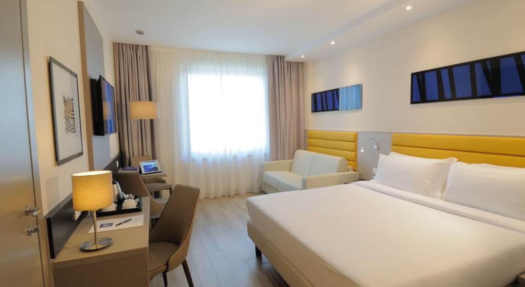 iH Hotels Milano Lorenteggio, Milano