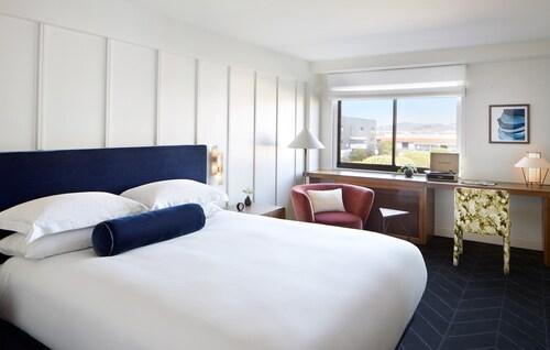. Kimpton Alton Hotel