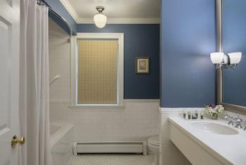 Cranwell Spa and Golf Resort - Bathroom  - #0