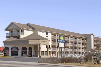 Days Inn Apple Valley Sevierville/Pigeon Forge photo