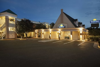 Days Inn by Wyndham Alexandria