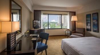 Manila Peninsula Room