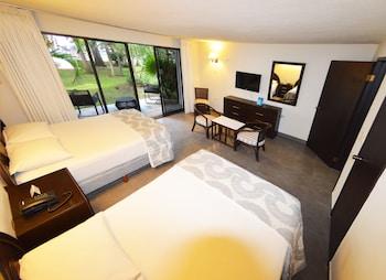 Luxury Junior Suite Lagoon View