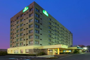 Hotel - La Quinta Inn & Suites by Wyndham New Haven