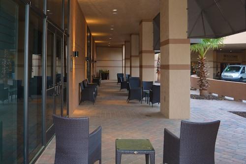 Clarion Inn Lake Buena Vista, a Rosen Hotel image 30