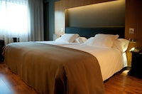 Double or Twin Room (Extra Bed)