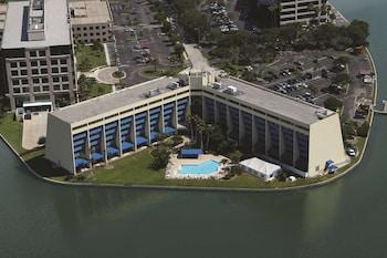 坦帕洛基角海濱希爾頓逸林飯店 DoubleTree by Hilton Tampa Rocky Point Waterfront