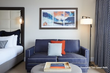 Deluxe Room, 2 Queen Beds, Ocean View (Twin Dolphin Tower)