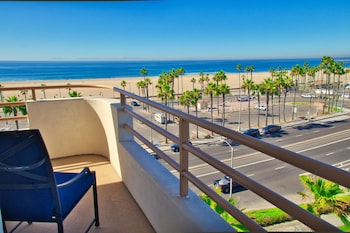 Suite, 1 King Bed, Oceanfront (Huntington Tower)
