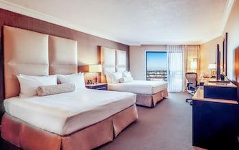 Room, 2 Queen Beds, Huntington Tower
