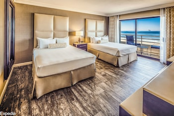 Room, 2 Queen Beds, Oceanfront (Huntington Tower)