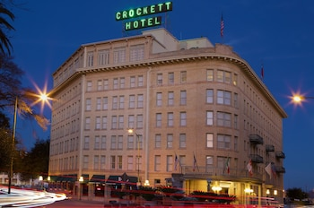 Book Crockett Hotel in San Antonio.