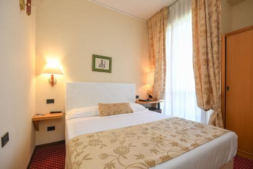 Hotel Oliveto, Brescia