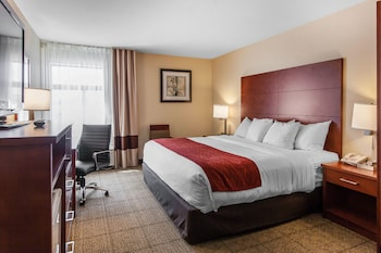 Hotel - Comfort Inn & Suites Near Fallon Naval Air Station