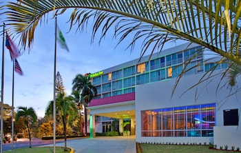 Hotel - Holiday Inn Mayaguez and Tropical Casino