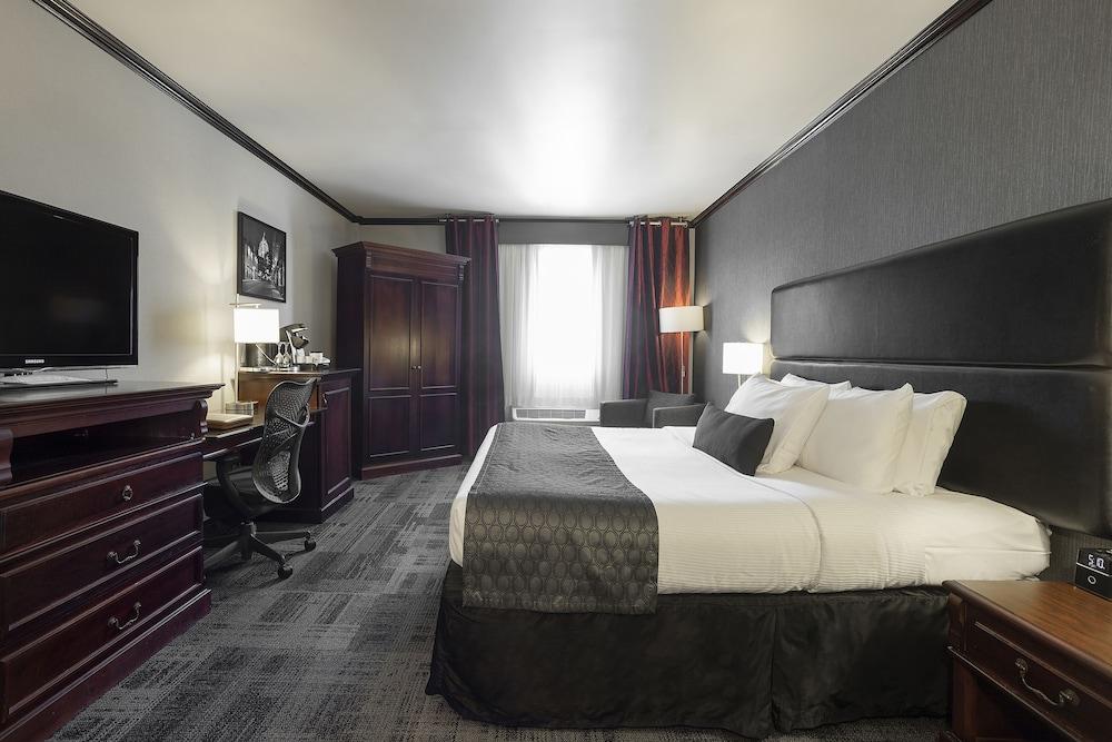 https://i.travelapi.com/hotels/1000000/10000/1700/1624/8bf30eb8_z.jpg