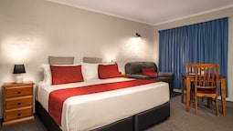SureStay Hotel by Best Western Blue Diamond Motor Inn
