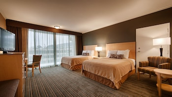 Deluxe Room, 2 Queen Beds, Partial Ocean View