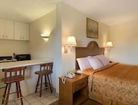 Suite, 1 King Bed, Kitchenette