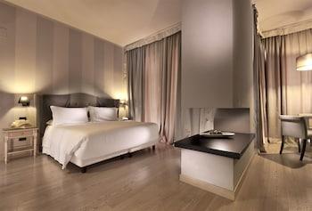 c ホテルズ アンバシアトリ