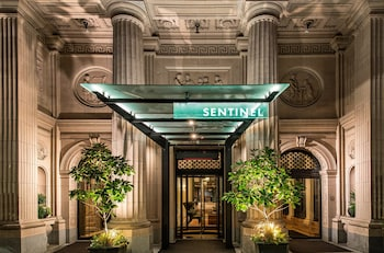 Hotel - Sentinel