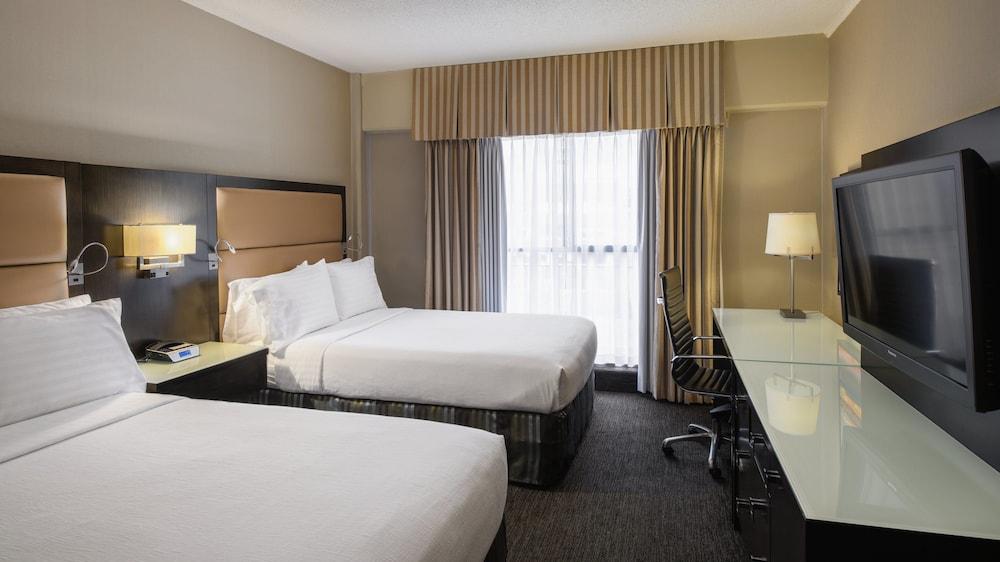 ホリデイ・イン ホテル & スイーツ バンクーバー ダウンタウン  イHG ホテル