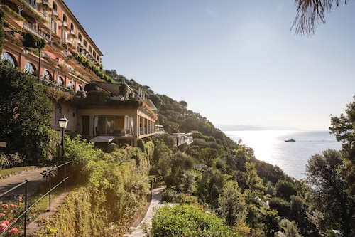 __{offers.Best_flights}__ Belmond Hotel Splendido
