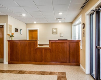 Portland Vacations - Quality Inn & Suites - Property Image 1