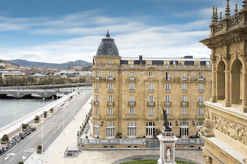 Hotel Maria Cristina, a Luxury Collection Hotel