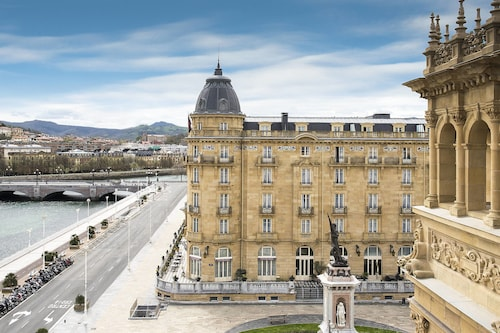 . Hotel Maria Cristina, a Luxury Collection Hotel