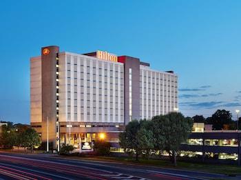 紐華克機場希爾頓飯店 Hilton Newark Airport