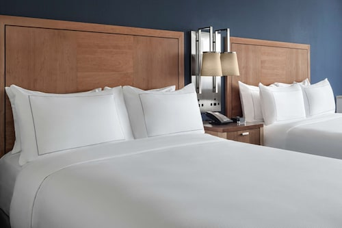 __{offers.Best_flights}__ The Alloy King of Prussia - a DoubleTree by Hilton