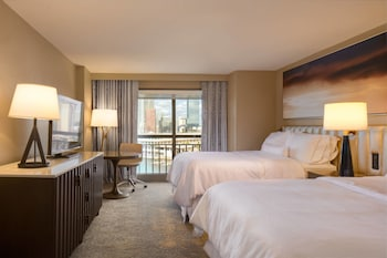 Room, 2 Queen Beds, Harbor View