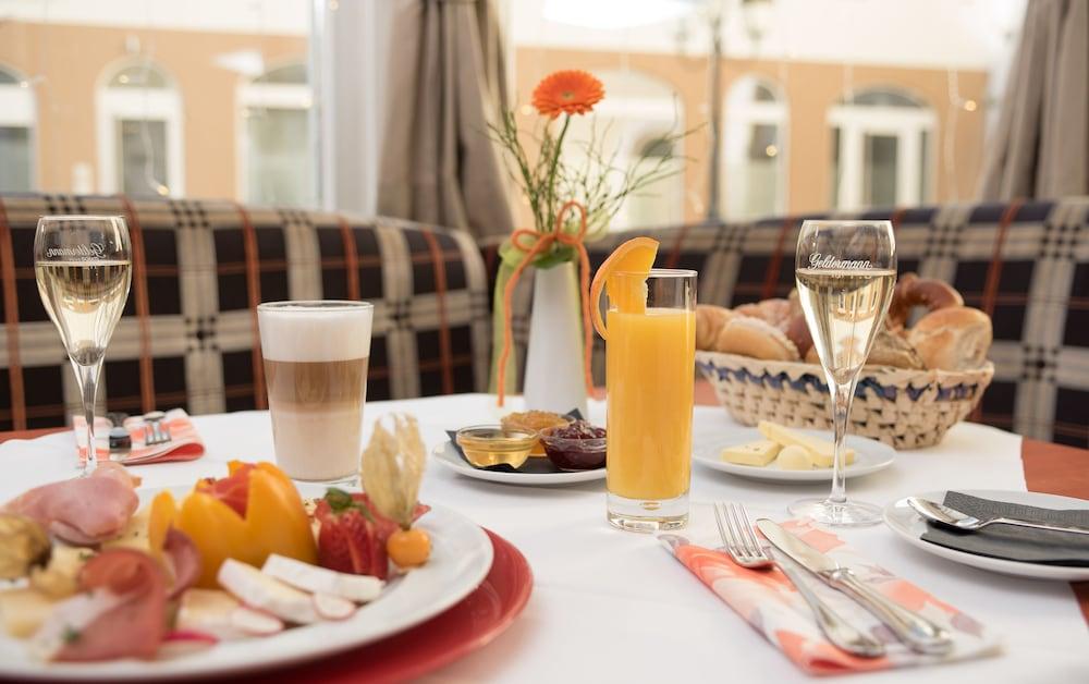루이트폴트파크-호텔(Luitpoldpark-Hotel) Hotel Image 13 - Breakfast buffet