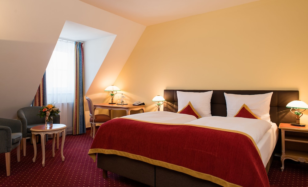 루이트폴트파크-호텔(Luitpoldpark-Hotel) Hotel Image 3 - Guestroom