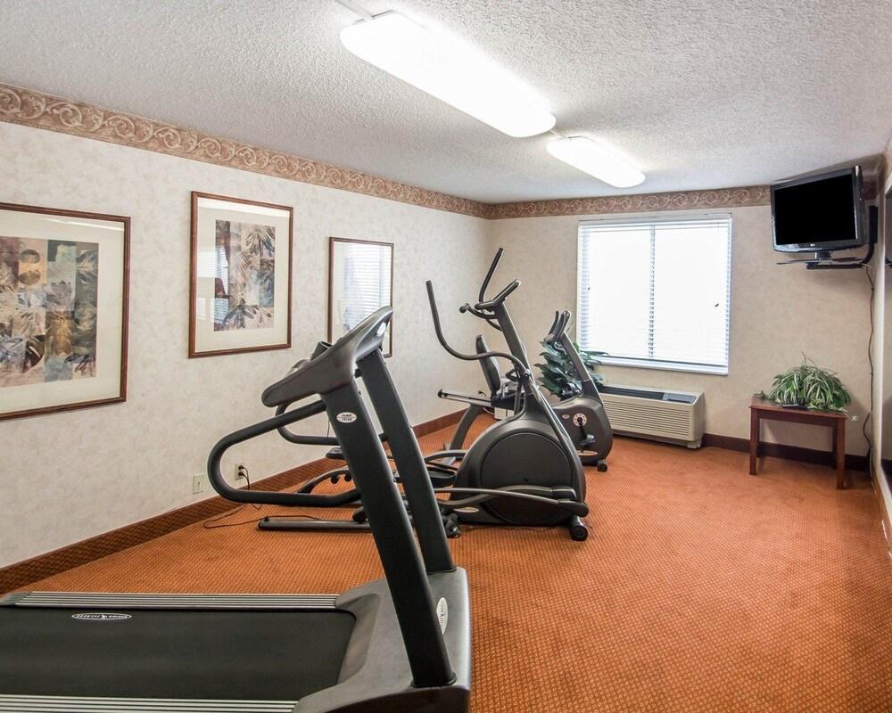 퀄리티 인 제네시오(Quality Inn Geneseo) Hotel Image 26 - Gym