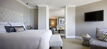 Presidential Suite, 1 King Bed (Full Harbour)