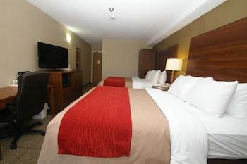 Room, 2 Queen Beds, Non Smoking, Ground Floor