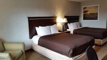 Deluxe Room, 2 Queen Beds (Second Floor)