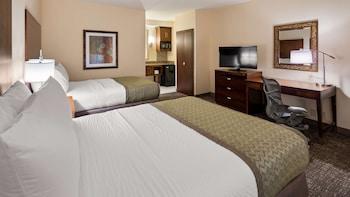 Suite, 2 Queen Beds, Non Smoking, Microwave (Oversized Room)
